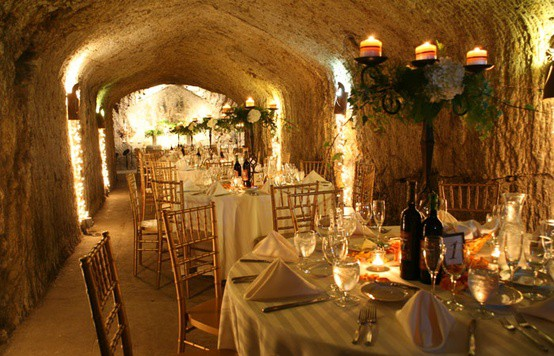 20 unique places to get married or hold your reception for Unique places to have a wedding