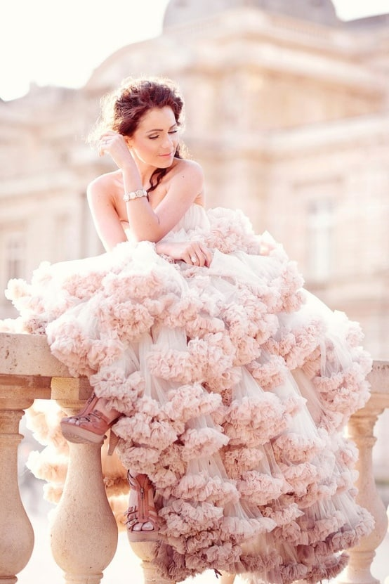 wednesday wedding inspiration you�re making me blush