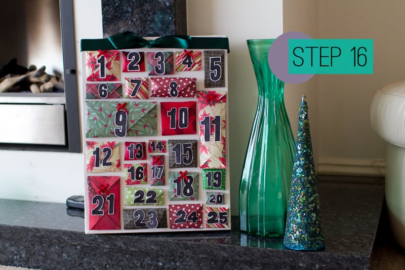 DIY How To Make A Christmas Advent Calendar with Envelopes-18