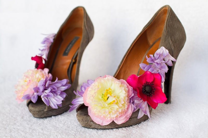 Wedding diy how to make flower shoes bespoke bride wedding blog wedding diy how to make flower shoes mightylinksfo