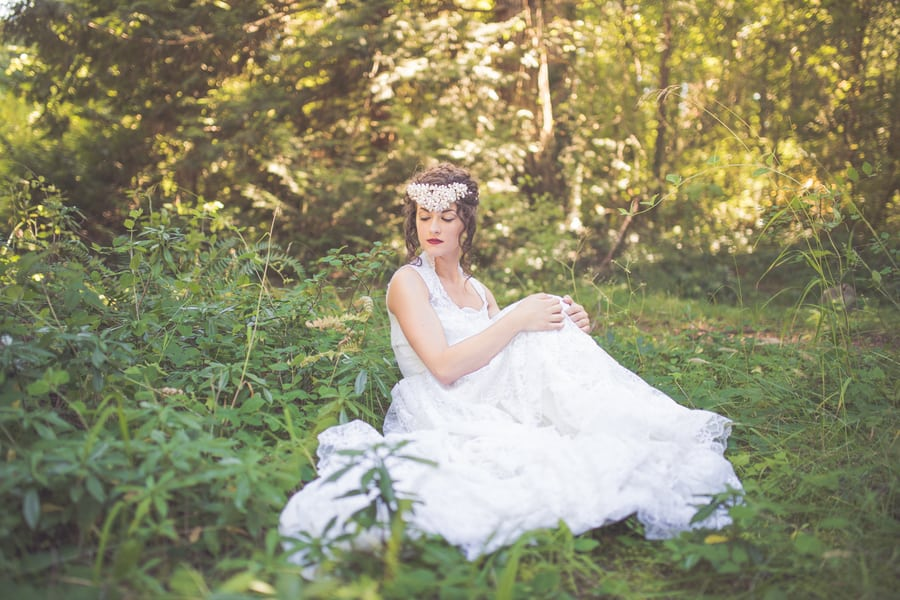 Noonan_NA_Chelsea_Dawn_Photography__Makeup_Artistry_MonicaWhimsicalBridalSessionVancouverIslandChelseaDawnPhotography28_low