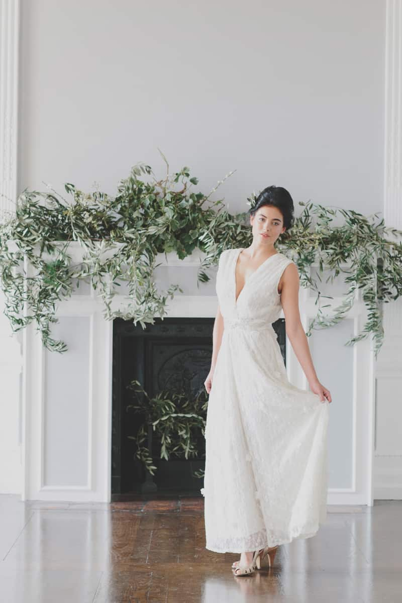A Glamourous Botanical styled Shoot for Ruby & Diva