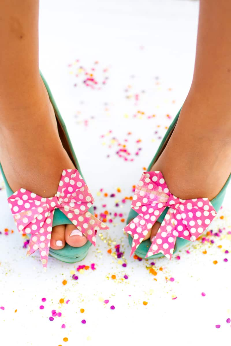 Bow-Shoe-Clips-Origami-Bows-Polka-Dot-DIY-2