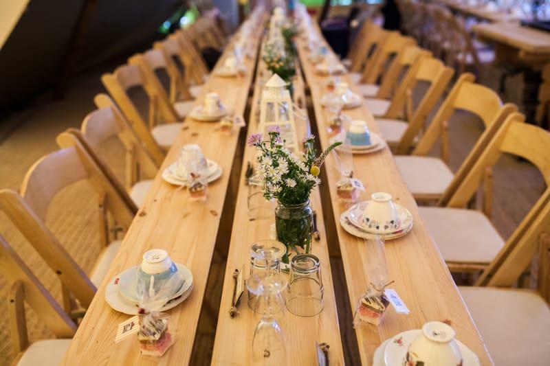 A Handmade & Laid-back Backyard Wedding in a Tipi (10)