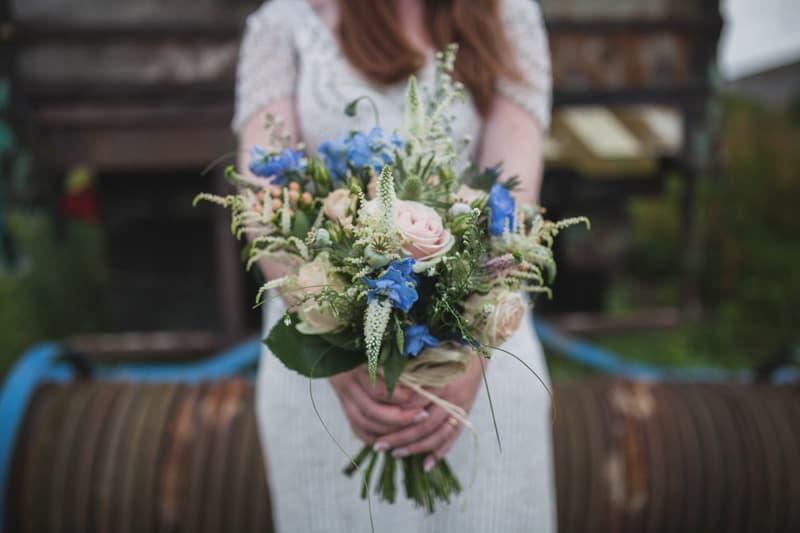 A Handmade & Laid-back Backyard Wedding in a Tipi (36)