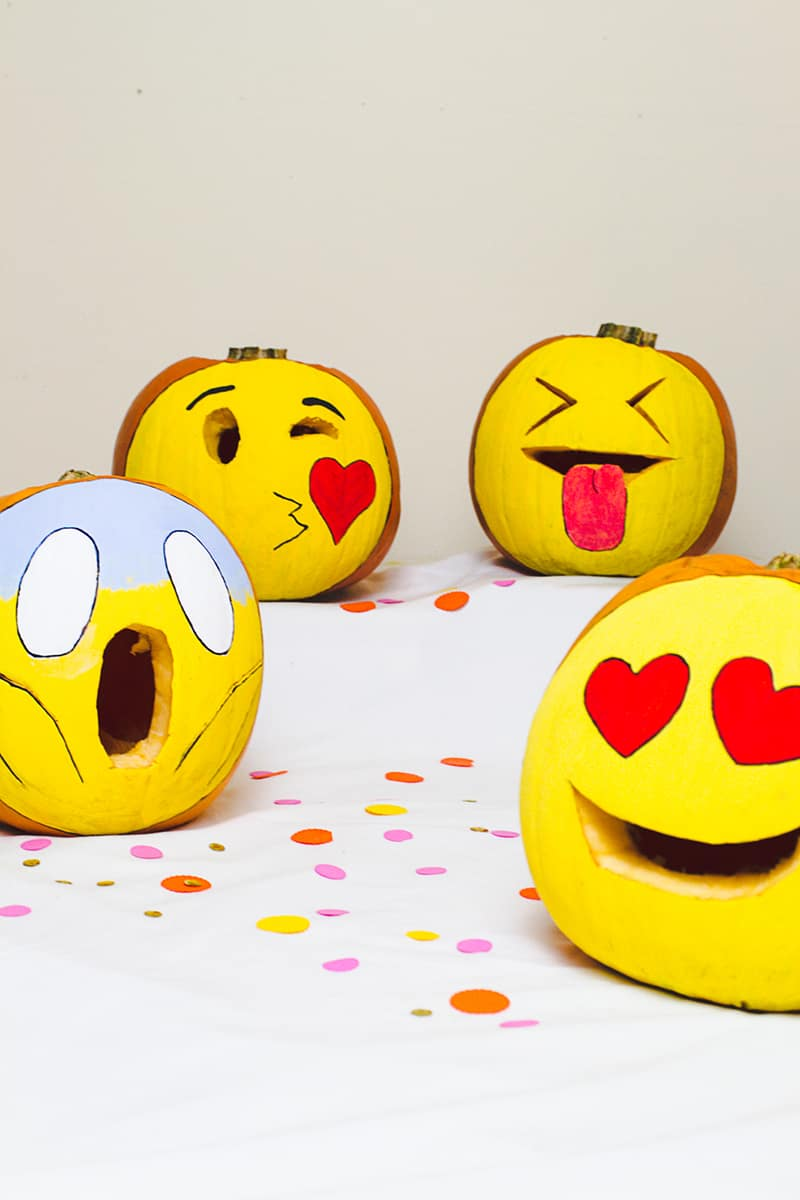 DIY Emoji Pumpkins Halloween Decor Fun Painting Tutorial-4