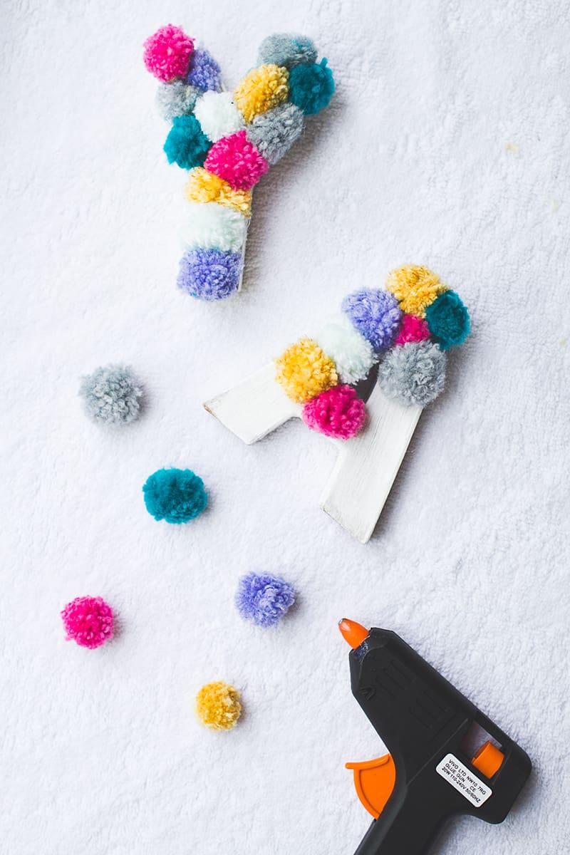 DIY POM POM Yarn Letters-6
