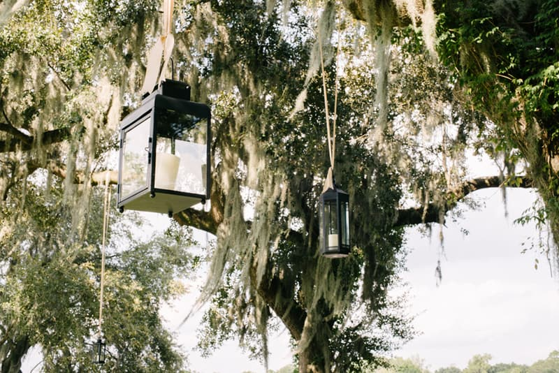 A Carefree & Romantic Rustic Wedding (9)