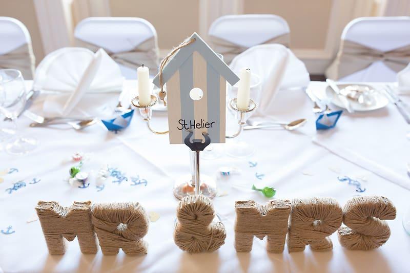 A Nautical themed DIY Wedding (21)