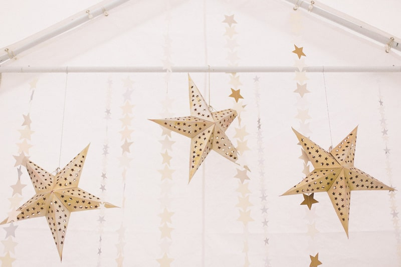 Star garlands & Decor - Naomi & Jack