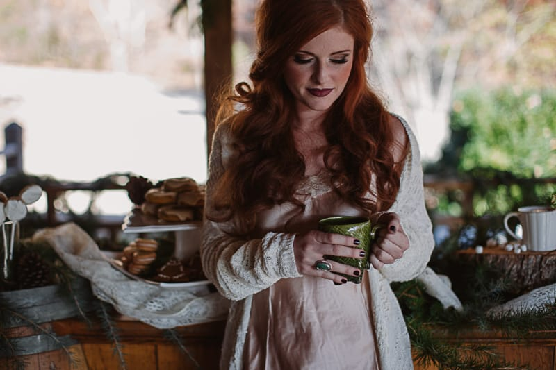 Christmas Bridal Brunch Log Cabin Hot Chocolate Festive Shoot 2-5