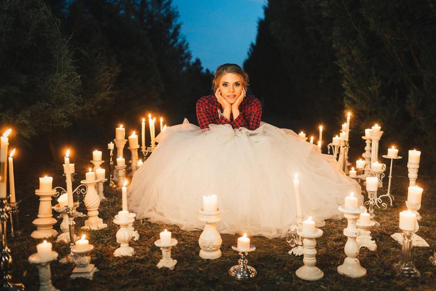 Festive Wedding Inspiration on a Christmas Tree Farm 31