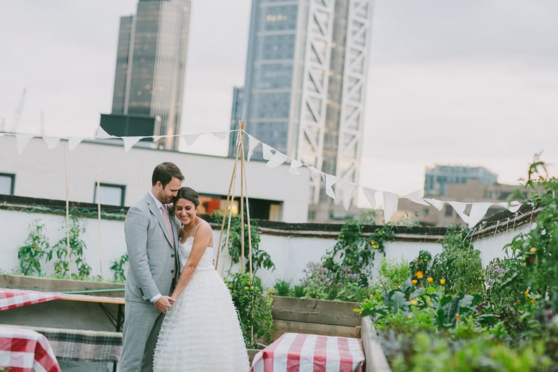 Glamorous two piece wedding gown for a relaxed rooftop wedding in Camden (30)
