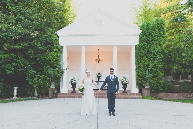 How to host a Mad Men Inspired Wedding (28)