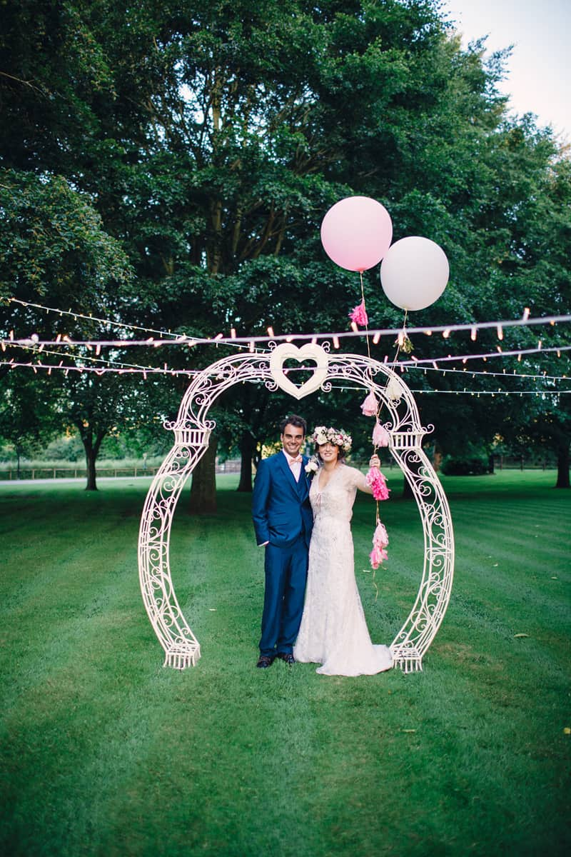 Aisle Hire It - Love Arch