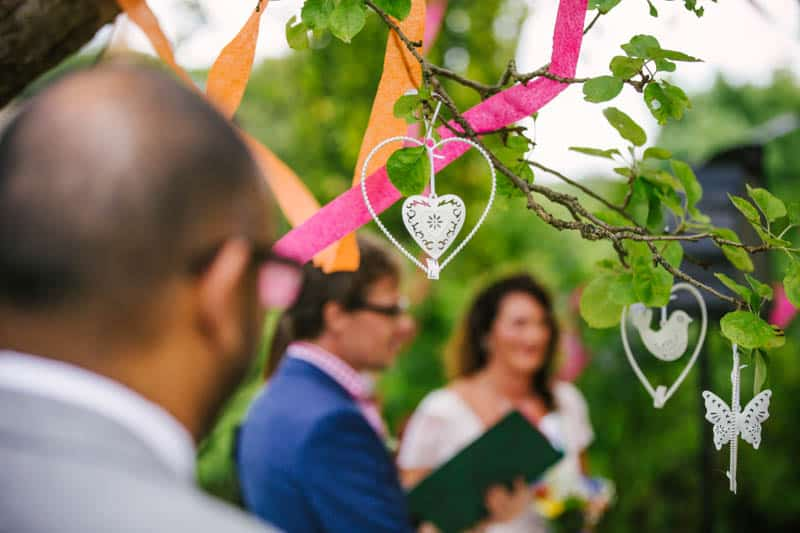 A FAMILY FRIENDLY FESTIVAL WEDDING (6)