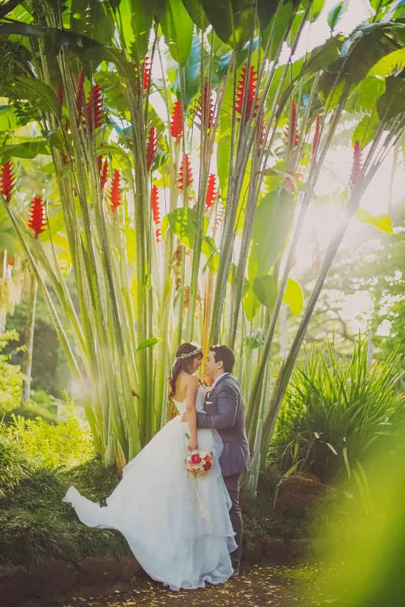 DIY destination wedding in Hawaii Bride Groom Portrait