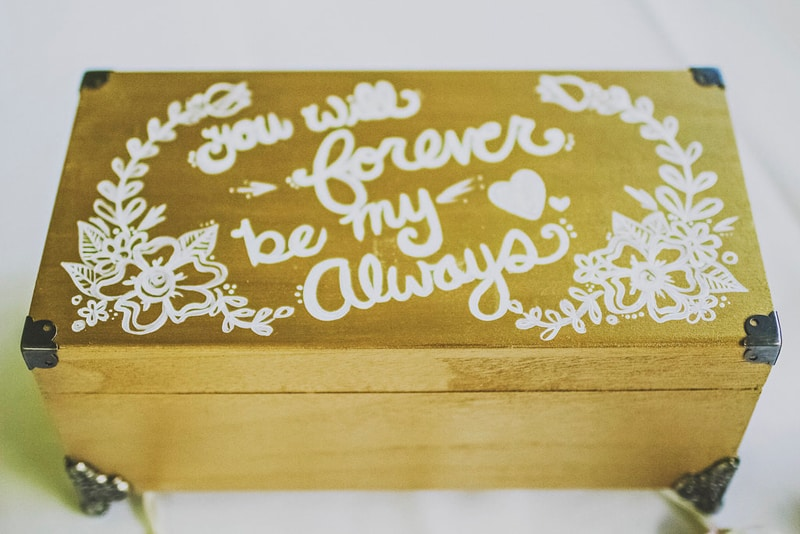 You will forever be my always DIY box wedding decor