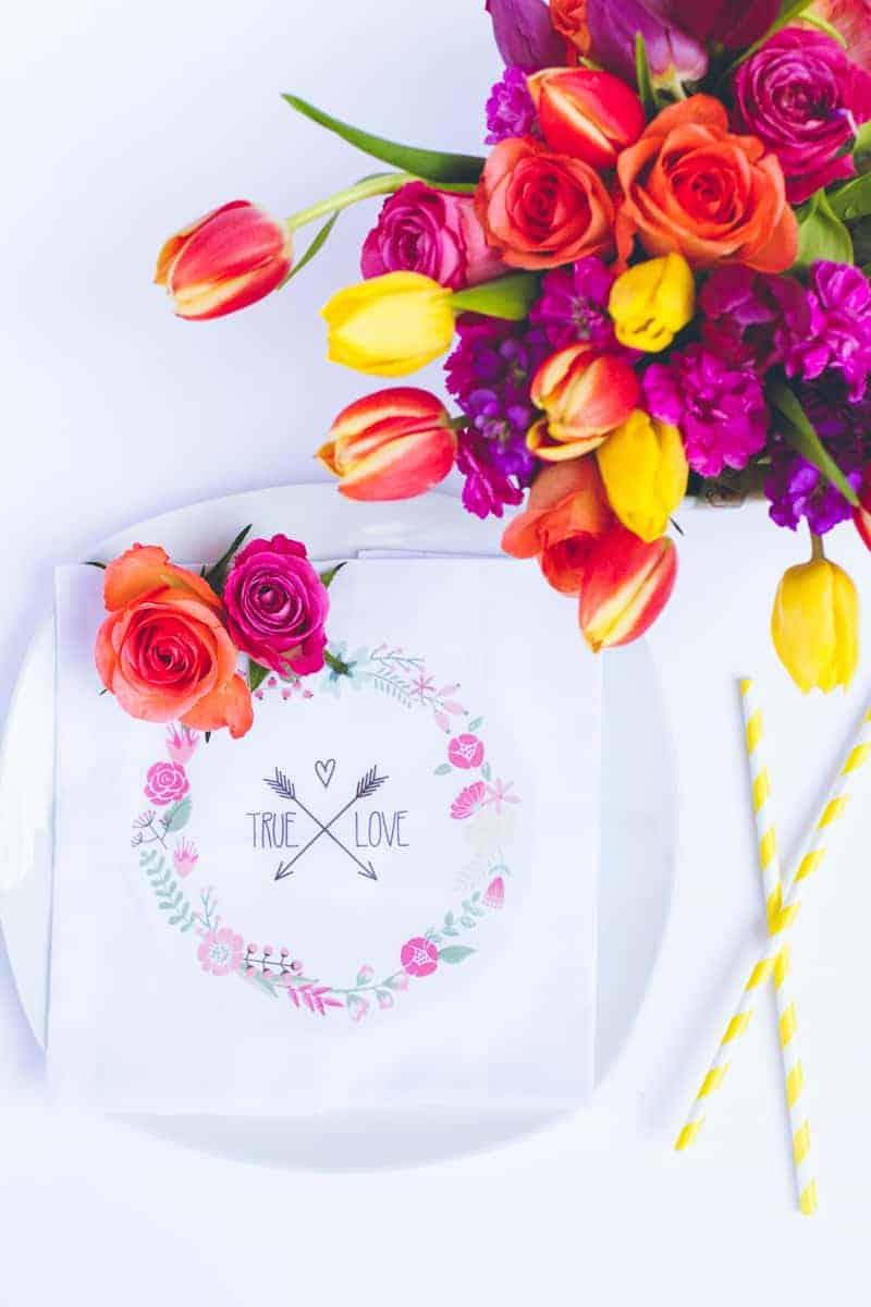 DIY True Love Flower Napkins Vector Wreath Wedding Tutorial_-3