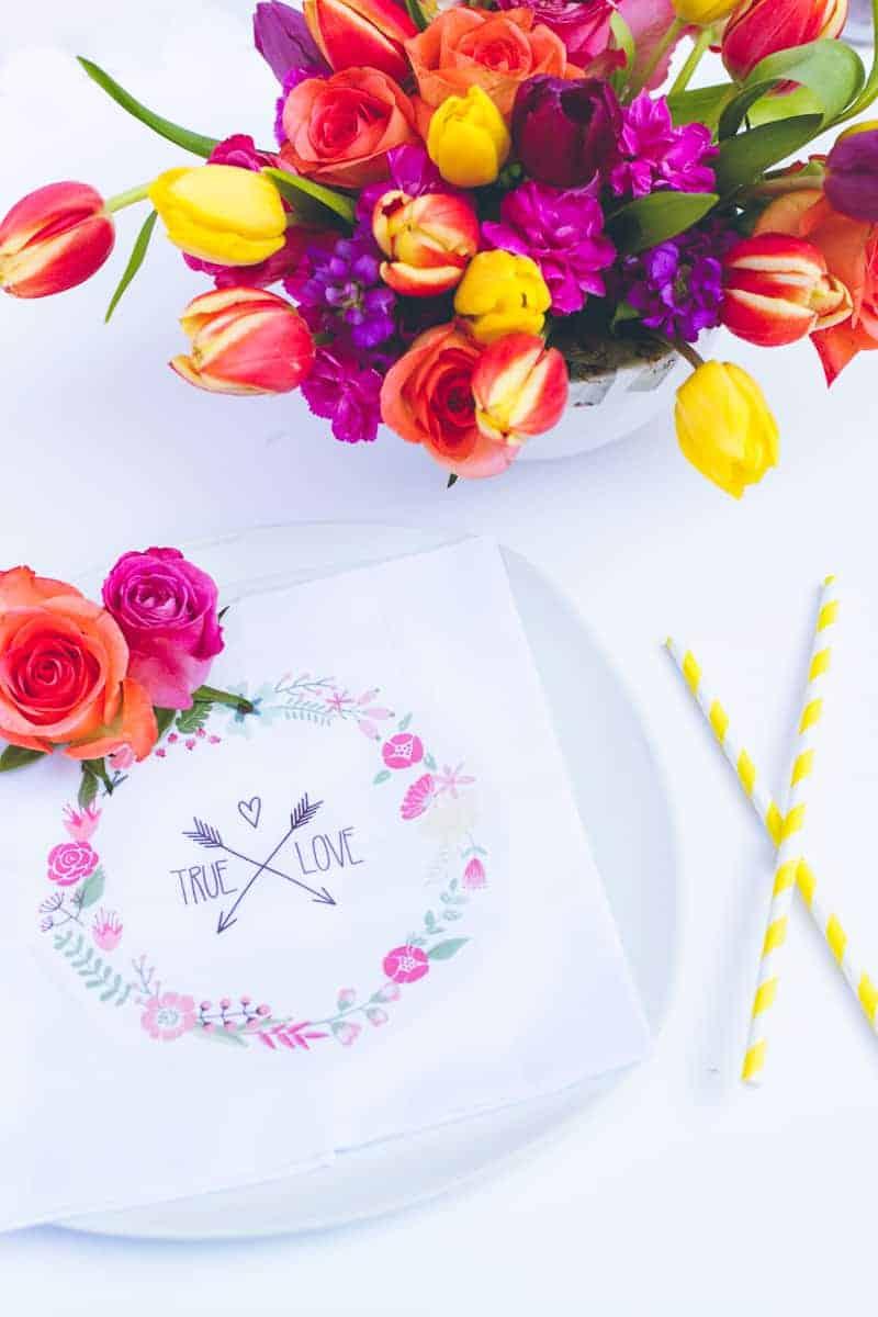 DIY True Love Flower Napkins Vector Wreath Wedding Tutorial_-4