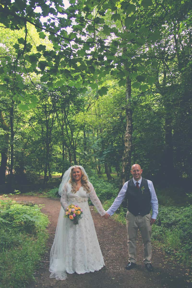 TRAVEL INSPIRED WOODLAND WEDDING (11)