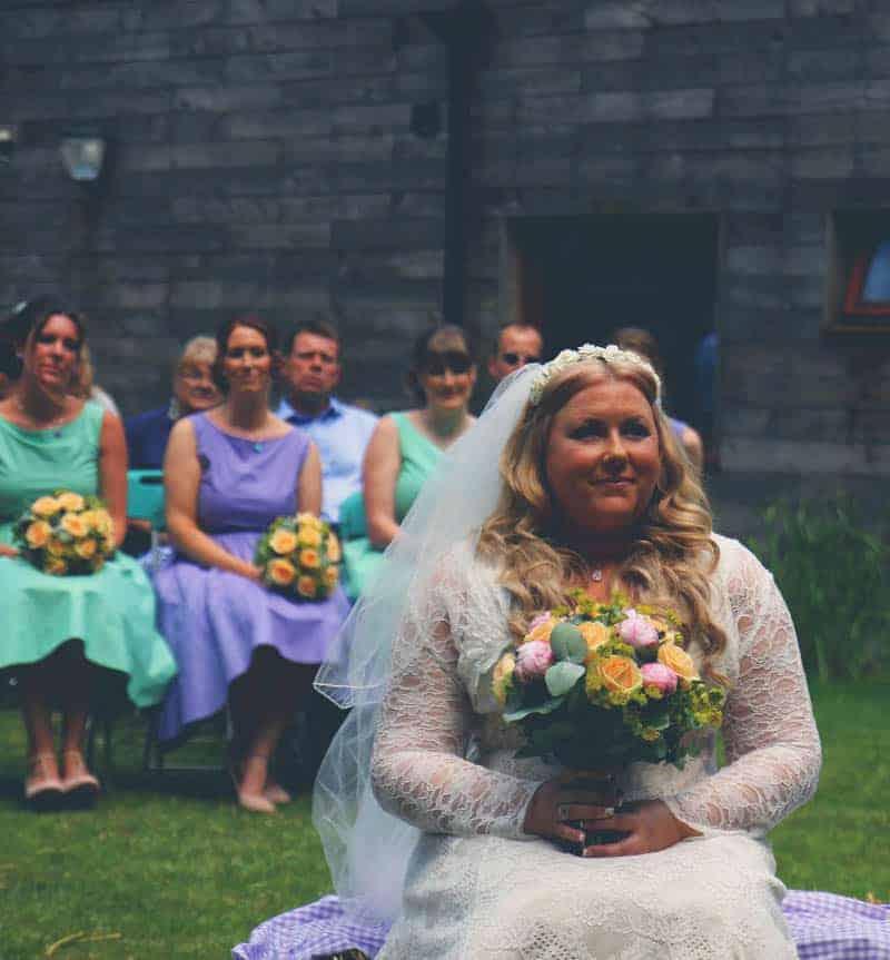 TRAVEL INSPIRED WOODLAND WEDDING (4)