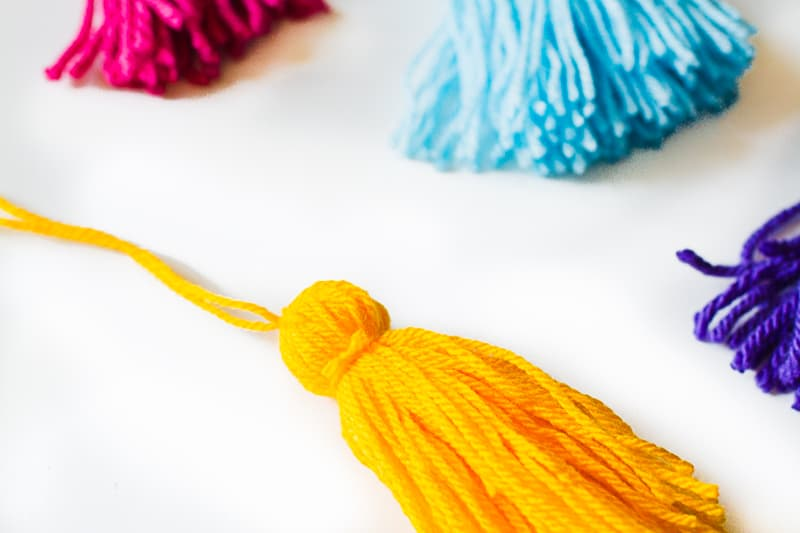 DIY Tassel Tassle table cloth with Zazzle Mexican inspired wedding inspiration styling-5