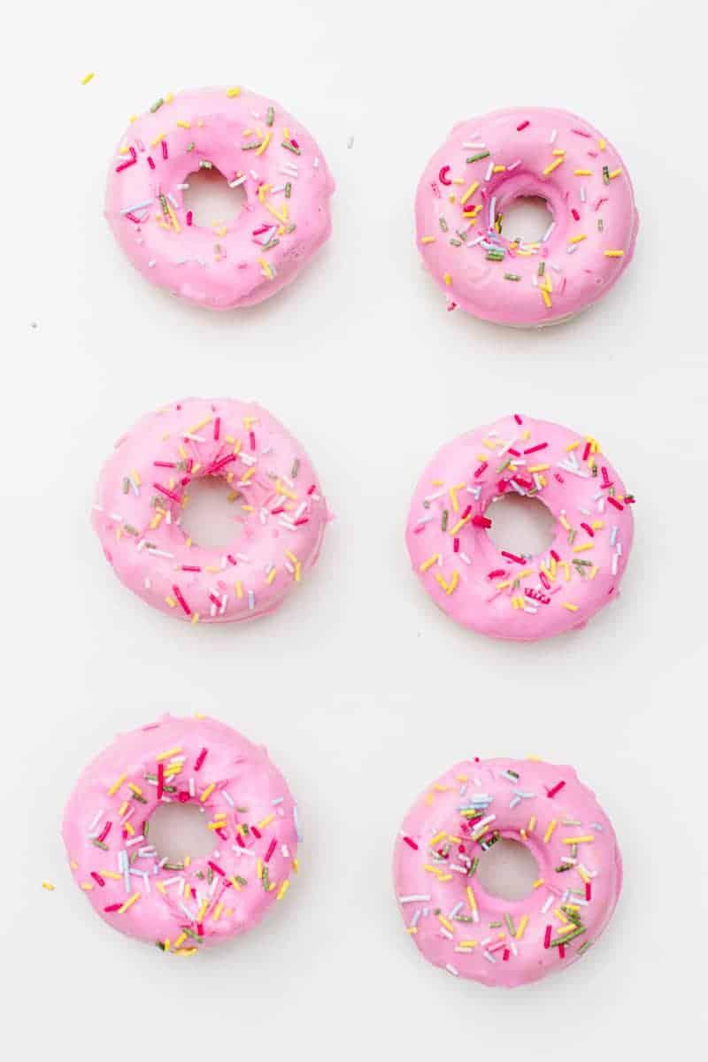 DIY Donut Soap Favours Sprinkles Doughnut Melt and pour-5