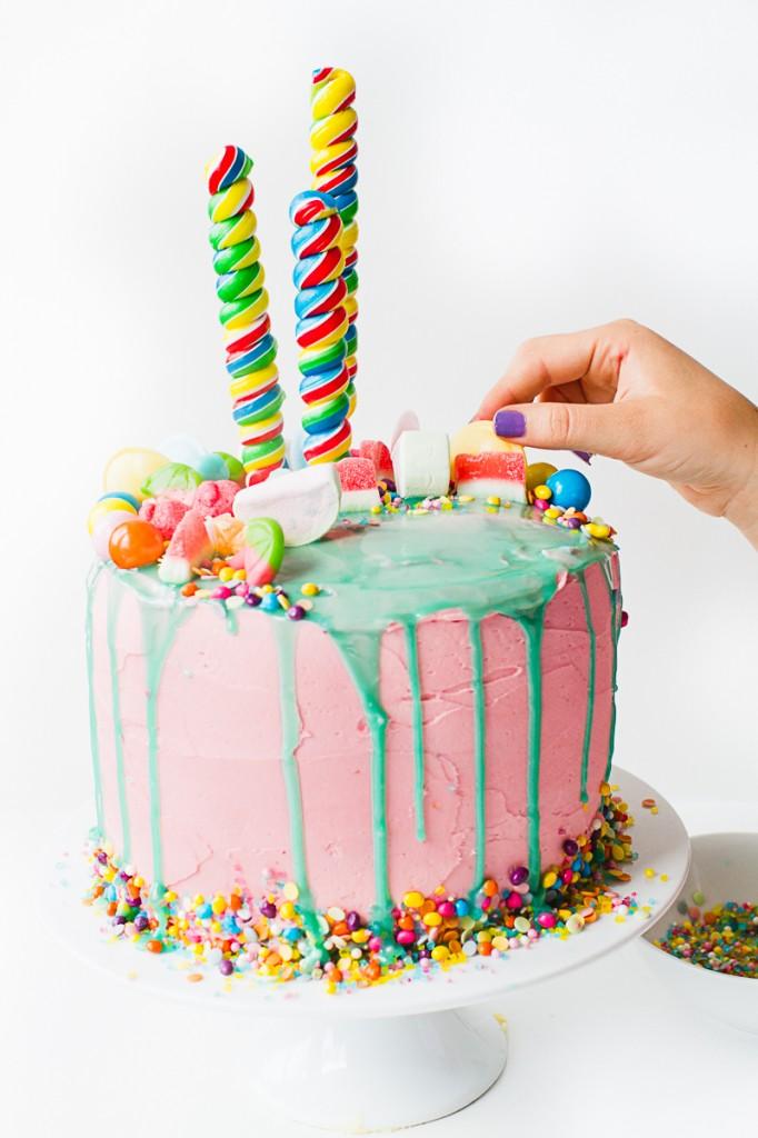 Katherine Sabbath Inspired Cake tutorial katy perry themed decorating cake White-7