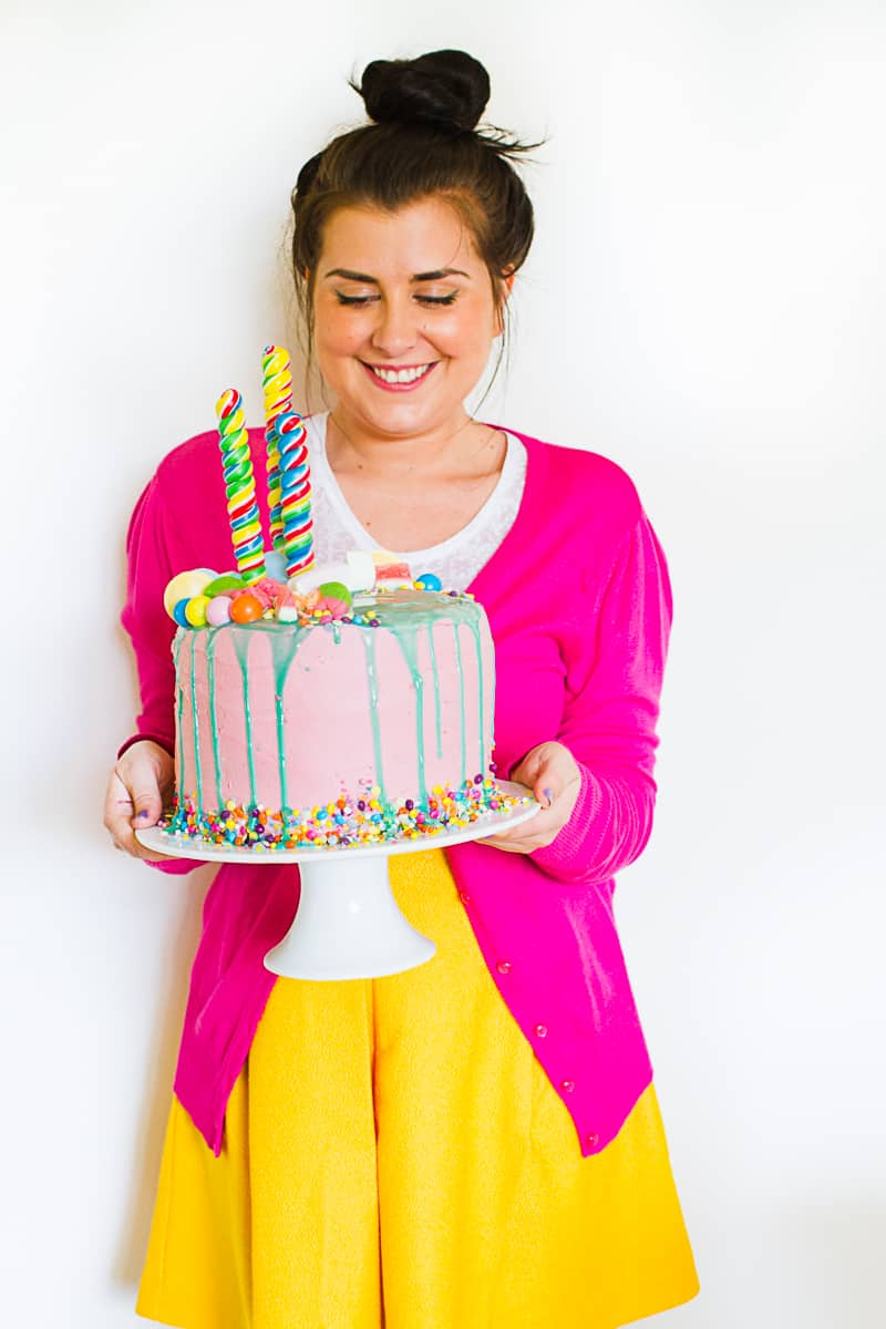 Katherine Sabbath Inspired Cake tutorial katy perry themed decorating cake White-8