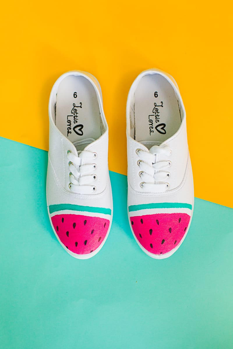 DIY Watermelon Shoes Fabric Paint Fruit themed sneakers pumps_-4