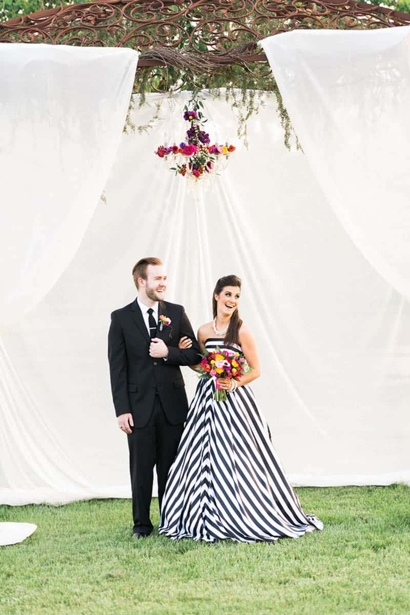 KATE SPADE INSPIRED WEDDING WITH A BLACK AND WHITE STIPE BRIDAL GOWN ...