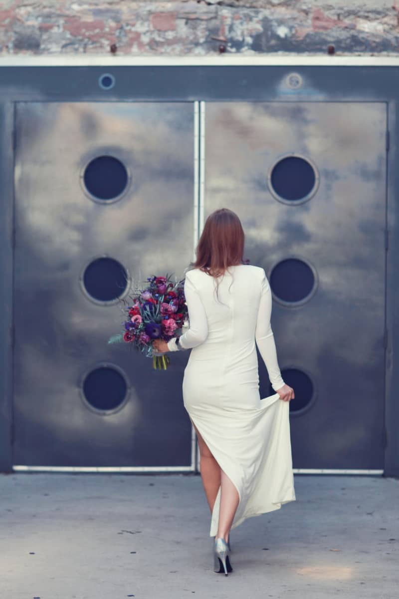 BOLD, GEOMETRIC COSMIC LOVE WEDDING EDITORIAL (23)