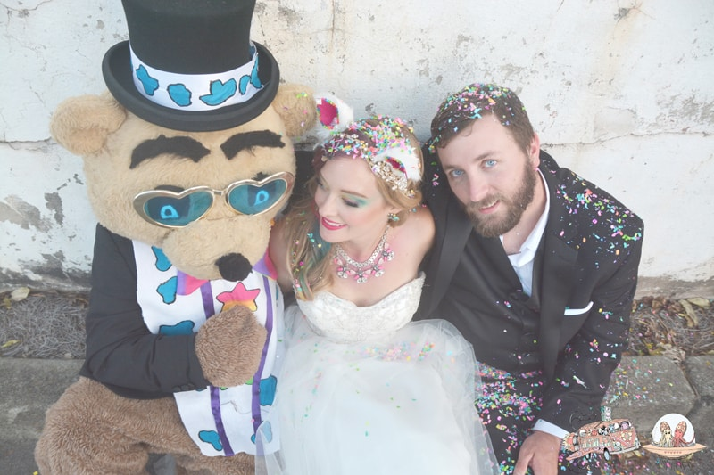 LISA FRANK STYLED SHOOT! COLOURFUL UNICORNS & RAINBOWS (6)