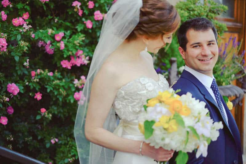 Bold & Vibrant wedding with an oversized Confetti wedding cake! (10)
