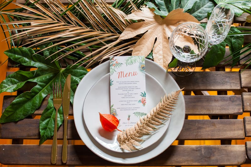 HOW TO TROPICAL BOHEMIAN BEACH HOUSE WEDDING THEME (14)