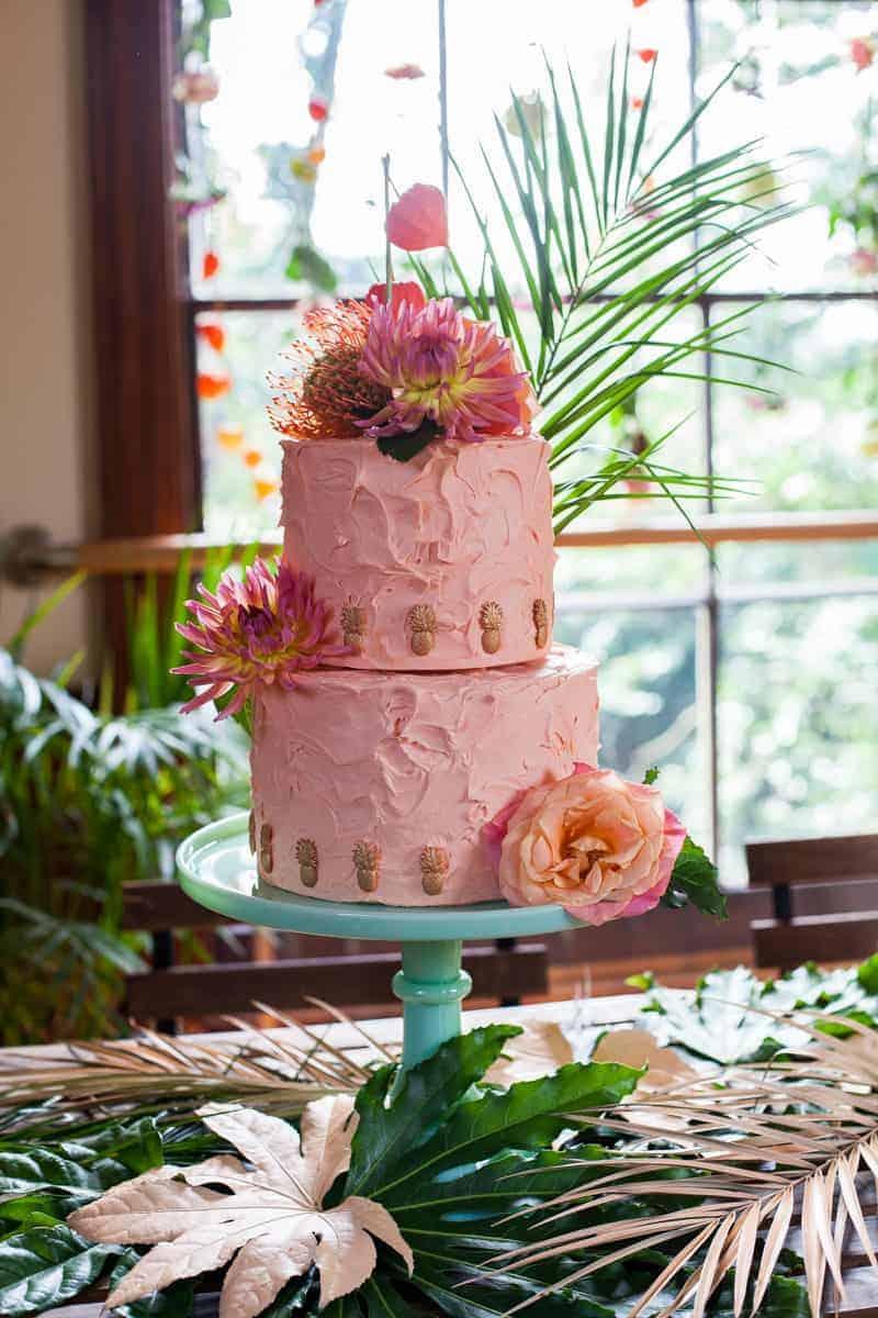 HOW TO TROPICAL BOHEMIAN BEACH HOUSE WEDDING THEME (15)