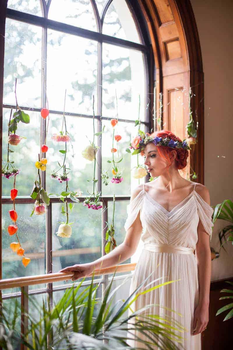 HOW TO TROPICAL BOHEMIAN BEACH HOUSE WEDDING THEME (19)