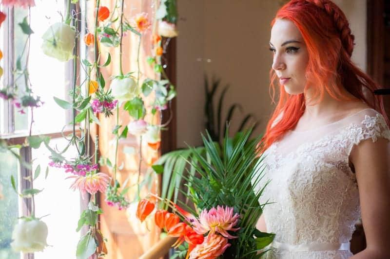 HOW TO TROPICAL BOHEMIAN BEACH HOUSE WEDDING THEME (4)
