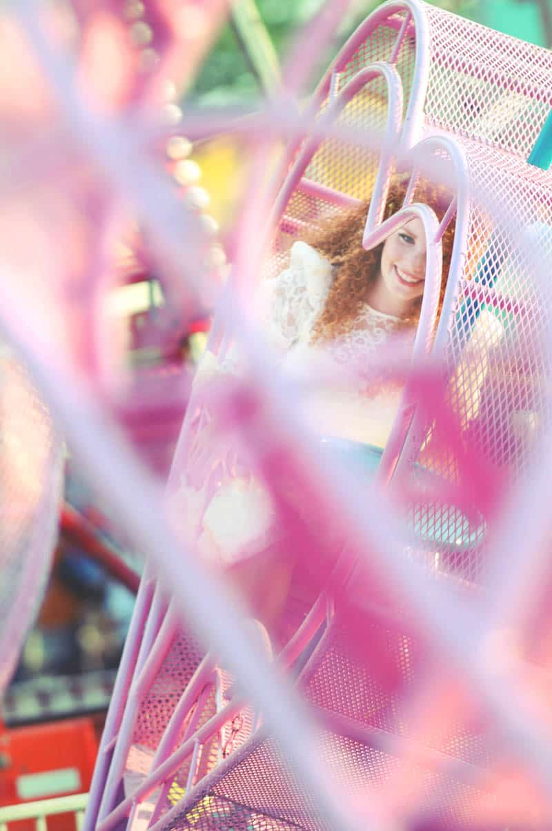 Colourful retro carnival wedding styled shoot (5)