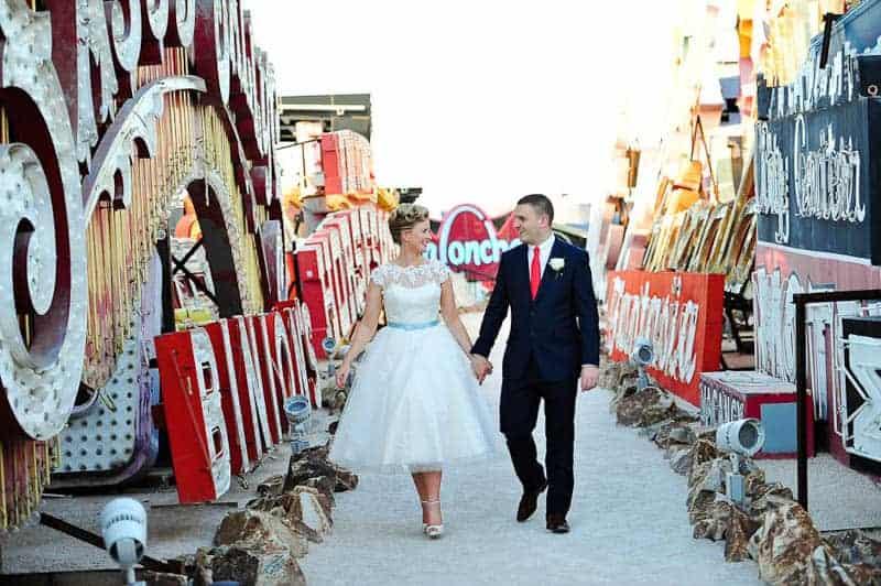 Couple celebrates milestone 30th Birthday by eloping to Vegas (11)