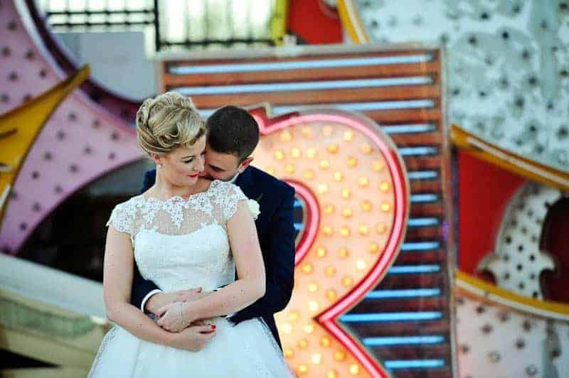 Couple celebrates milestone 30th Birthday by eloping to Vegas (13)