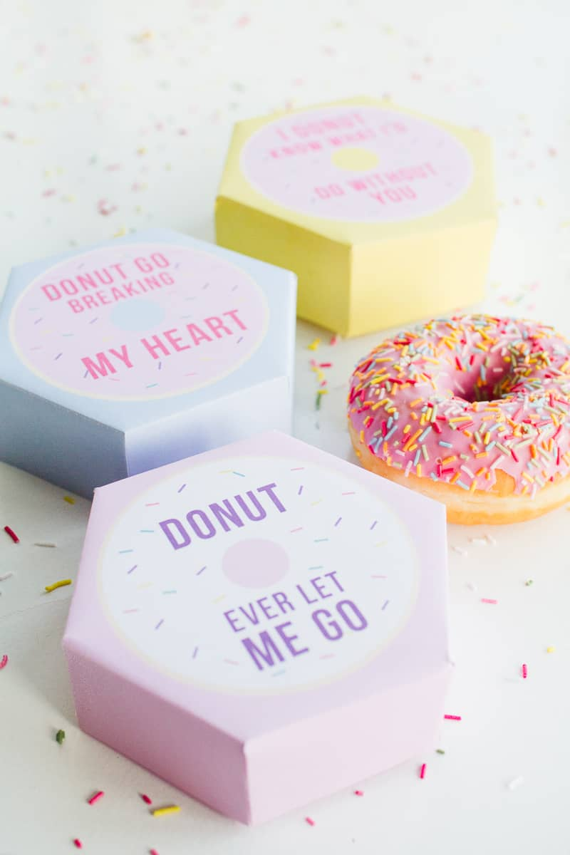 DIY donut boxes valentines day puns doughnuts case cute fun tutorial free printable-9