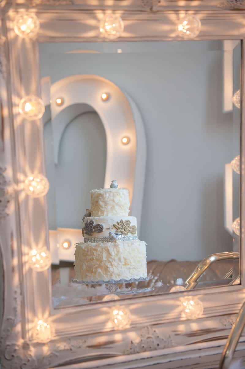VAUDEVILLE VALENTINE Wedding inspiration Art Deco 1920s theme broadway bright lights and feathers_-10