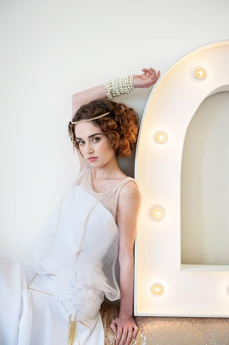 VAUDEVILLE VALENTINE Wedding inspiration Art Deco 1920s theme broadway bright lights and feathers_-24