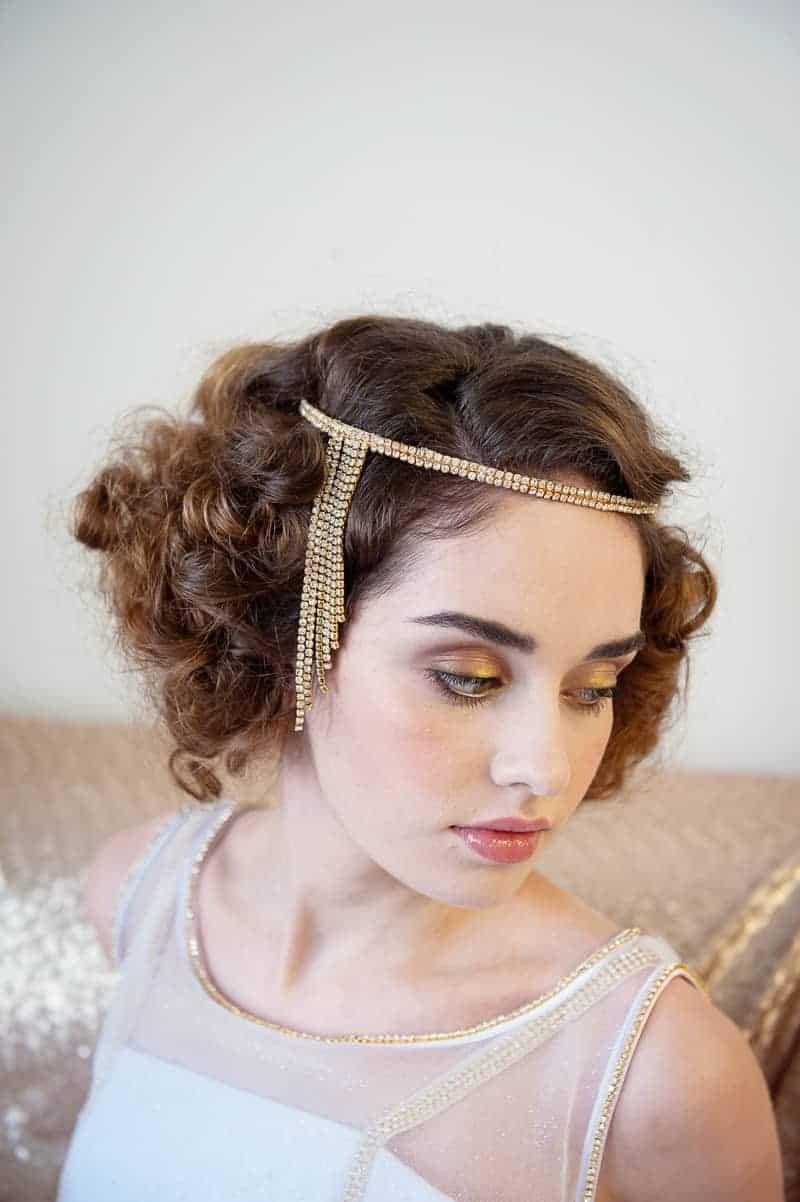 VAUDEVILLE VALENTINE Wedding inspiration Art Deco 1920s theme broadway bright lights and feathers_-27