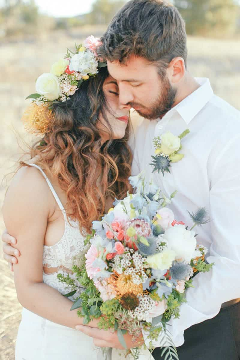 WHY ELOPING IS BETTER THAN A WEDDING - STYLED INTIMATE BOHEMIAN ELOPEMENT (13)