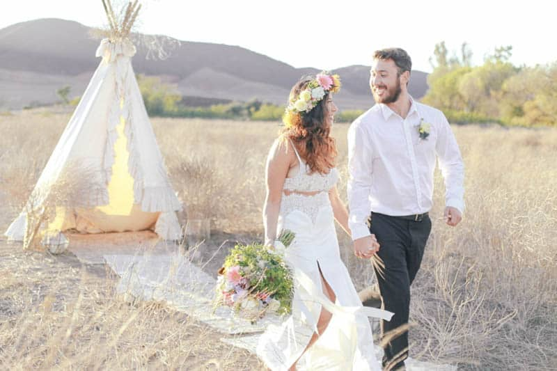WHY ELOPING IS BETTER THAN A WEDDING