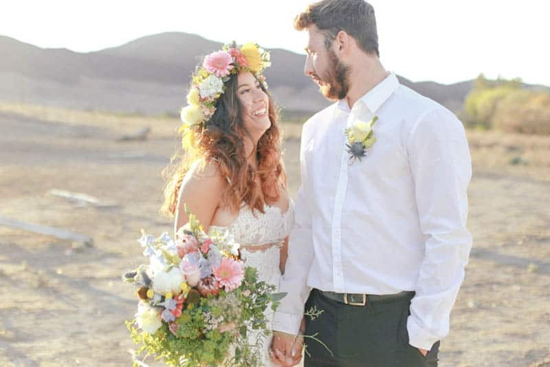 WHY ELOPING IS BETTER THAN A WEDDING - STYLED INTIMATE BOHEMIAN ELOPEMENT (20)