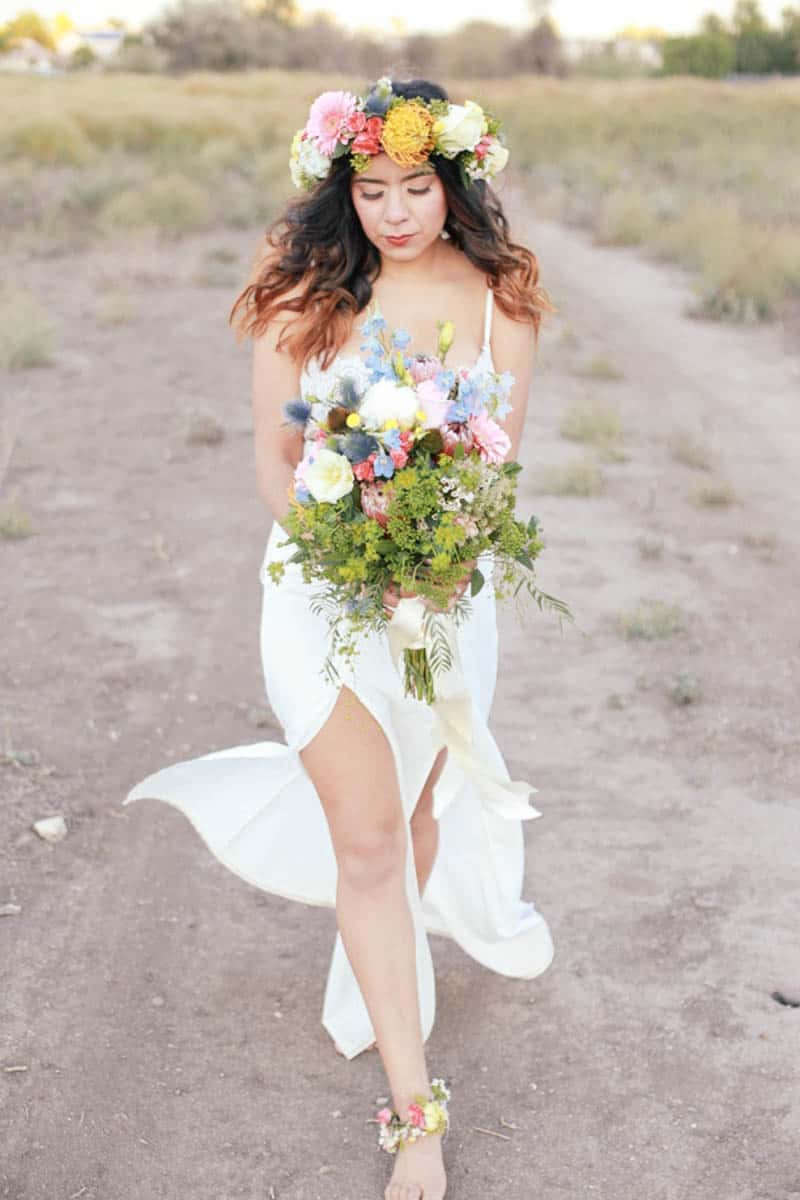WHY ELOPING IS BETTER THAN A WEDDING - STYLED INTIMATE BOHEMIAN ELOPEMENT (25)